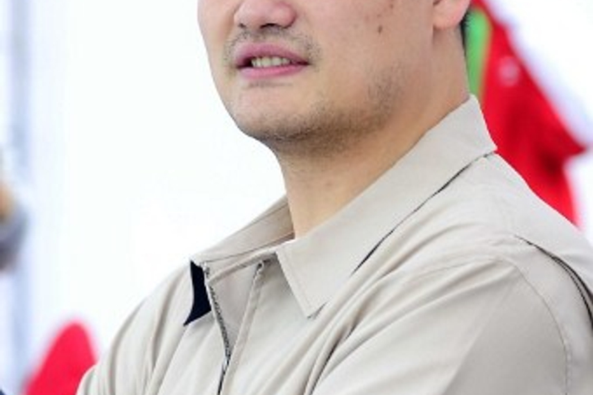 Yao Ming's test will be to transfer his star power to the boardroom