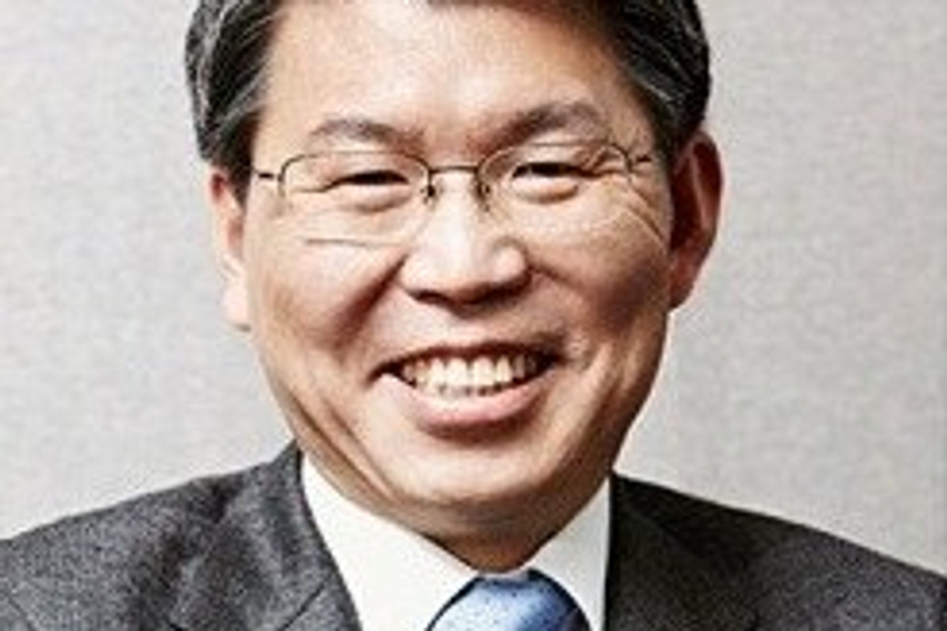 Eun Sung-Soo is expected to provide continuity of investment approach
