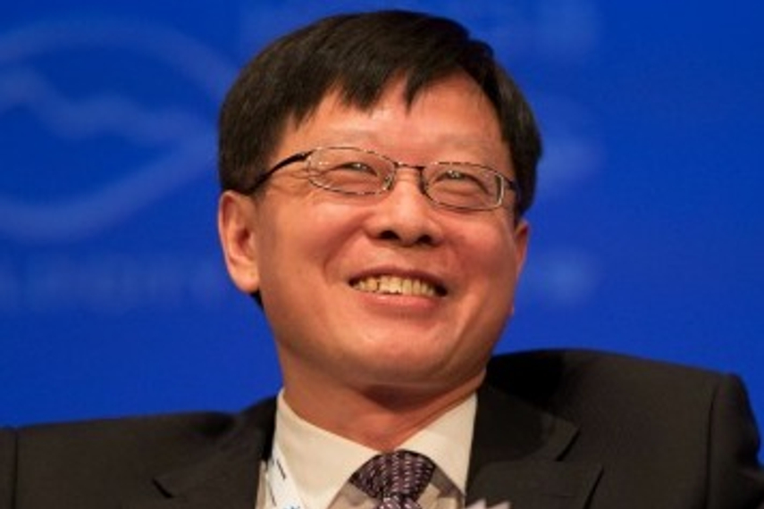 Ding Xuedong says 2017 will be another difficult year for investors