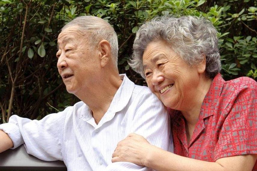 SG trades on longevity
