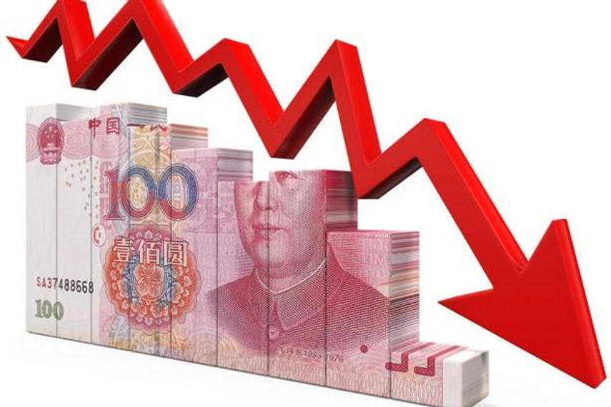 Chi Lo says further RMB devaluation could wreak havoc on global markets