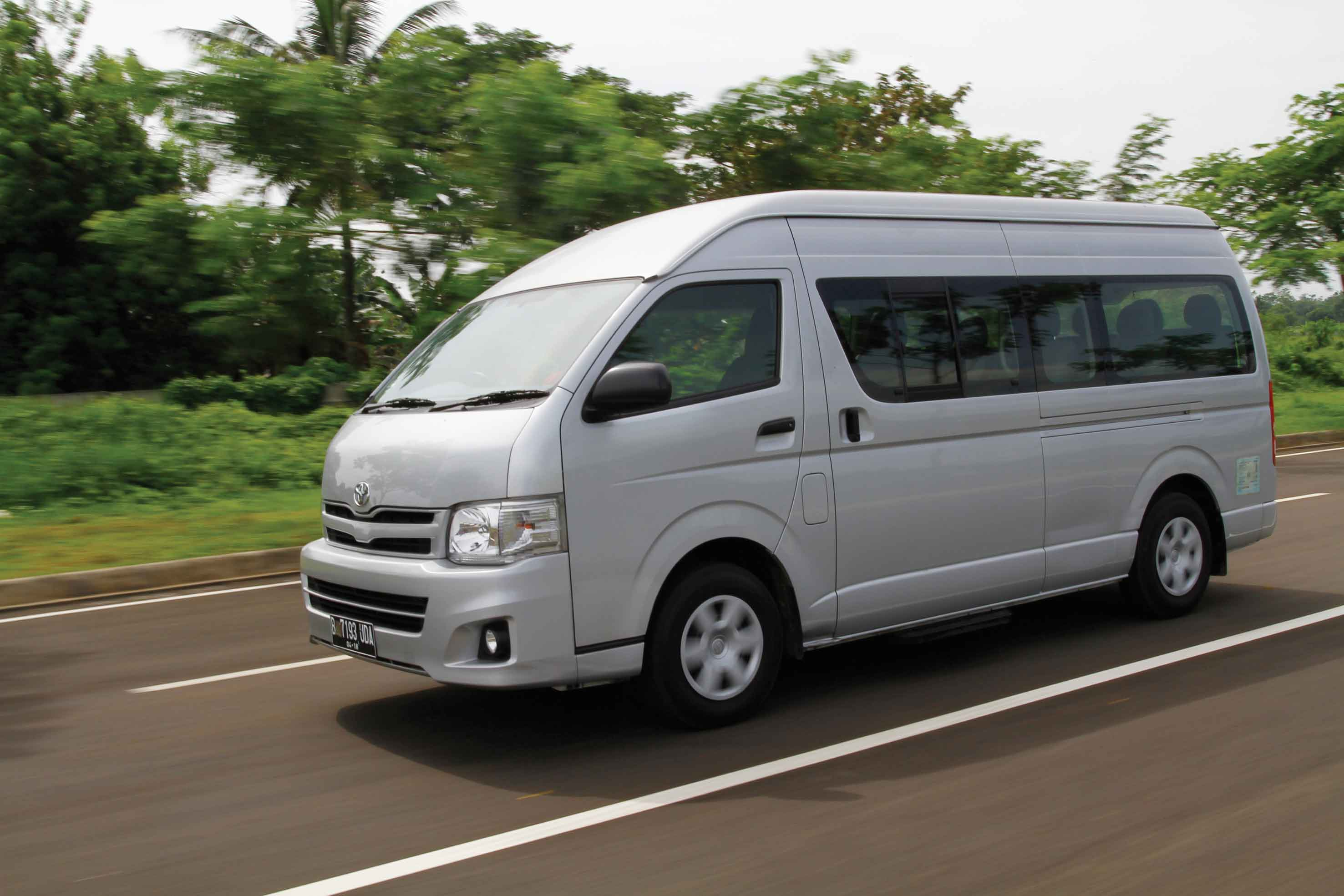 ?n=autocar-indonesia%2Fcontent%2F20150709013611-hiace2