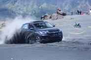 Honda HR-V 1.8L CVT Prestige dan 1.5L E CVT