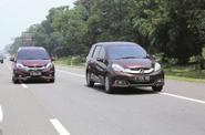 Lomba Irit Honda Mobilio Standar vs TUSS (Tune Up Semi Sport)
