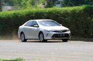 Toyota Camry Hybrid 2.5L