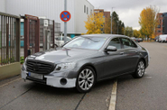 Spy Shot Mercedes-Benz E-Class