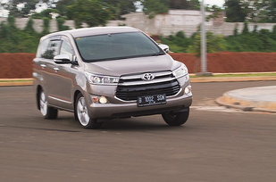 Toyota All-new Kijang Innova Tipe Q AT Diesel