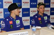 Harapan Valentino Rossi dan Vinales pada Fans Indonesia
