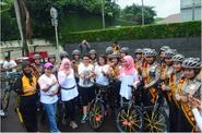 Polwan Cantik Siap Temani Warga di Car Free Day Jakarta