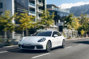 Porsche Luncurkan Lima Varian Panamera Baru, Semuanya Canggih!