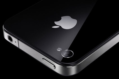 iPhone 4 launches in Hong Kong and Singapore