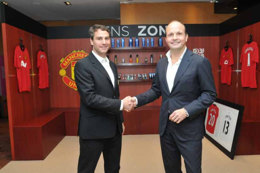 L-R: Jamie Reigle, Manchester United MD in Asia and Peter ter Kulve, president of Unilever, SEA and Australasia