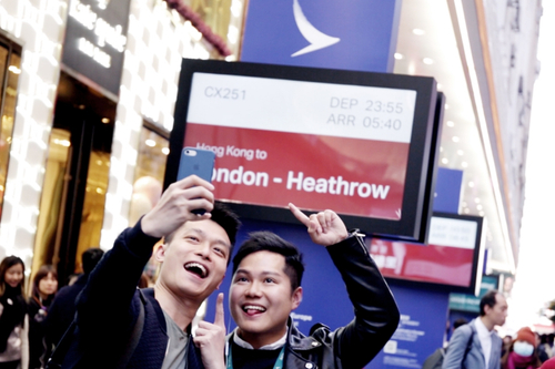 Photos: Cathay Pacific and McCann take in-town check-in to a new level