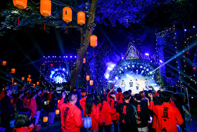 Photos: Taobao merchants hit Hangzhou streets in annual festival