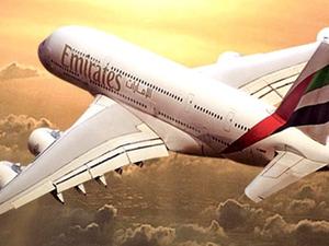 Emirates calls global advertising pitch