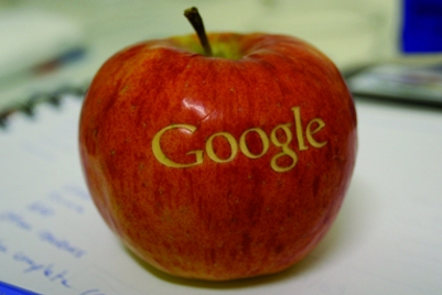 Google vs Apple: The fight for Asia's mobile ad sector