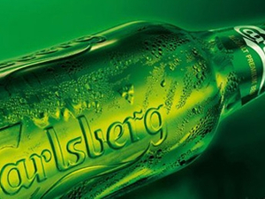 Carlsberg logo on Liverpool's shirt to appear in Chinese