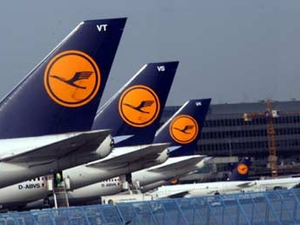 Lufthansa reviews US$100 million global media account