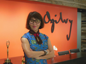 Female leaders in Japan: A journalist in the realm of brands