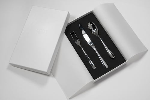 Learning about cleft conditions with clumsy cutlery