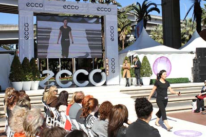 Ecco showcases comfort in Sydney with world's longest catwalk