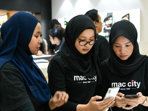Woo reluctant Malaysian consumers by aggressive brand-building: PHD