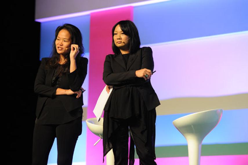 从左至右: Valerie Cheng、朱伟幸