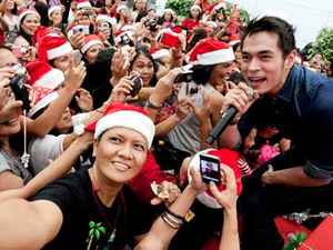 SingTel targets overseas Filipino workers with record-breaking gift swap