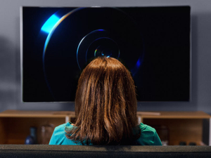 Samsung makes people forget TV, using TV