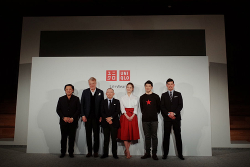 "Uniqlo unveils steps to becoming a ""fully global marketing company"""