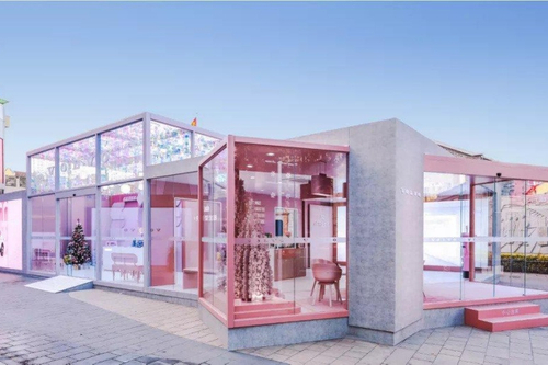 In pictures: Volvo pop-up stores in China go pretty in pink