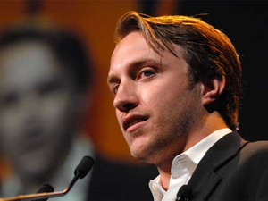 YouTube founder Chad Hurley resigns as CEO