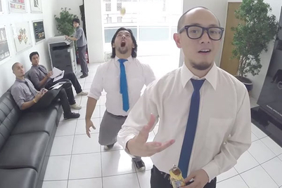 Will this video ignite a cracker catching craze?