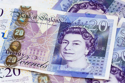 Almost a third of UK adland still experiencing salary cut
