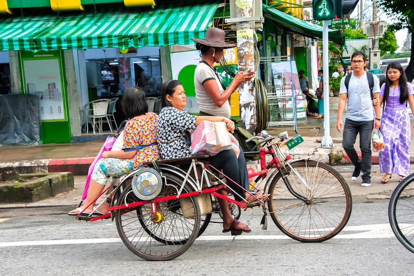 A Yangon street scene (Shutterstock)