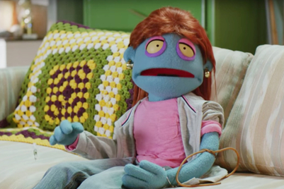 Puppets tell kids how to know if mom is really overdosing