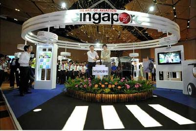 Singex picks UM to build its brand