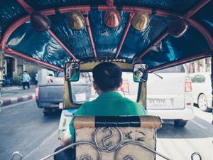 The paradox of the solo Asian traveller