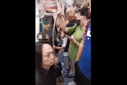 """中国资深广告人因""""地铁偷拍""""被曝光"""