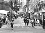 观点:香港要大胆、高调地秀出特色