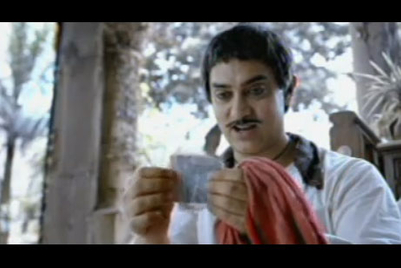 Aamir Khan plays milkman in new Tata Sky TVC