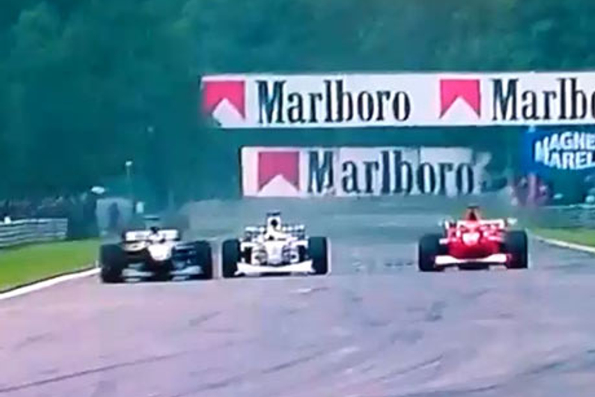 MMGB: Mika Hakkinen's overtaking move at Spa in 2000