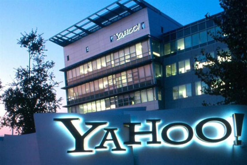 Yahoo parts ways with COO Henrique de Castro