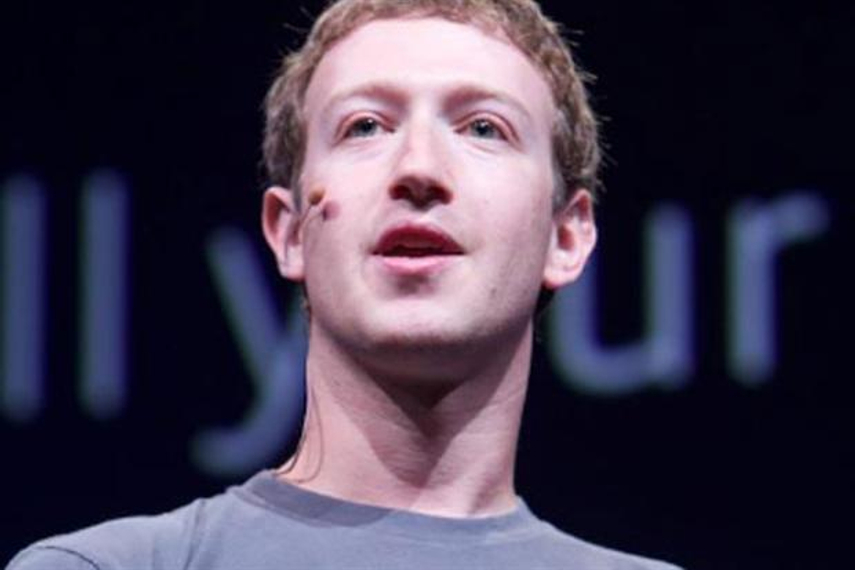 MWC: Zuckerberg says social networks could be web's version of 911