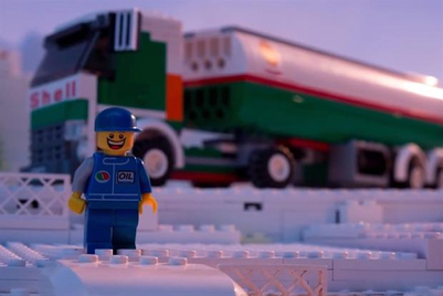 Lego bows to Greenpeace pressure, ends Shell marketing partnership