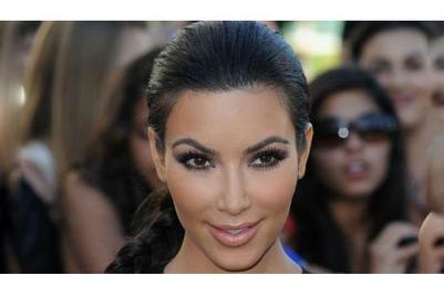 Gokul's blog: Kim Kardashian: 28 mn, JK Rowling: 14 mn. Go figure.