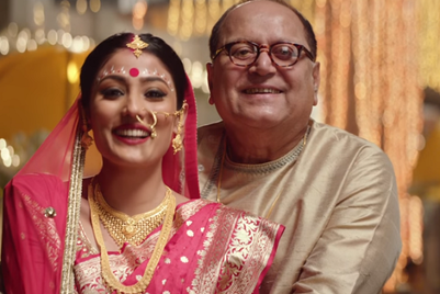 Tanishq shows beautiful moments between brides and fathers, just before the wedding vows