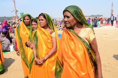 Hamam provides 'waterproof sarees' for women at Kumbh