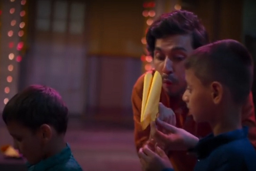Big Bazaar lights up blind kids' Diwali with paper patakhas, calls for inclusive celebrations