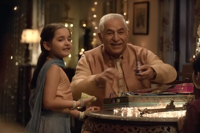 Cadbury unites a family for Celebrations this festive season
